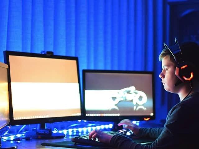 Cara memperlancar game berat di laptop