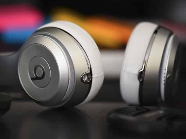 cara mengatasi suara headset bluetooth jelek di windows 10