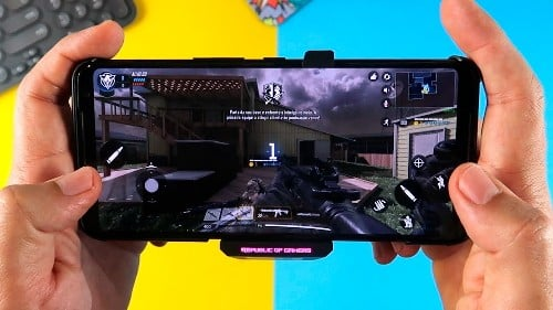 main game dengan asus rog phone 2
